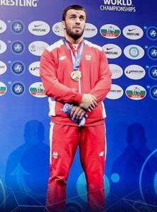 Magomedgadzhi Nurov (98 kg freistil)